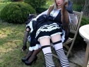 English-garden-tv-spanking-09