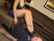 slave-licking-shoes-02