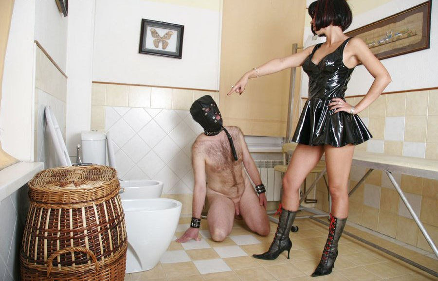 Golden shower worship-3907