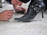 boots-worship-slave-07