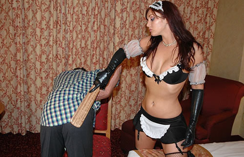 Maid PSnaking Slave
