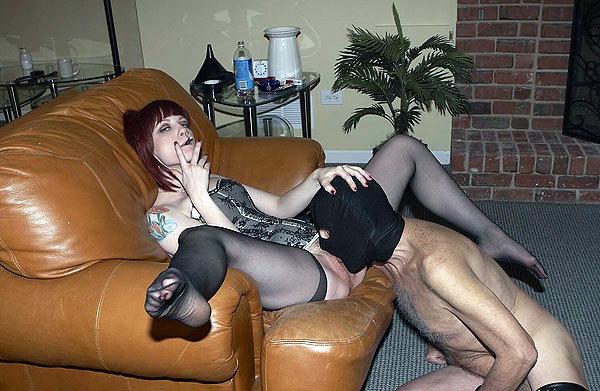 Mistress in nylons